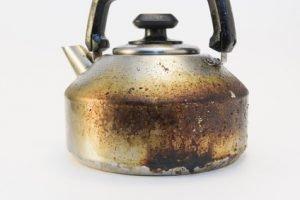 Wasserkocher angebrannt - was tun?