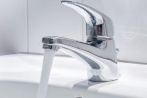 Ist Leitungswasser gesund oder ungesund?